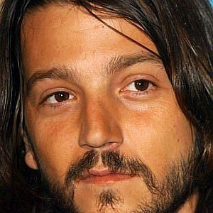 Age Of Diego Luna biography