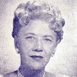 Ruth Lyons bio