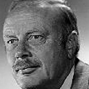 Warren G. Magnuson bio