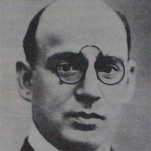 Enrique Martinez bio
