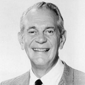 Raymond Massey bio