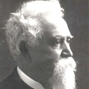 Hiram Maxim bio