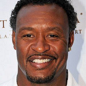 Age Of Willie McGinest biography