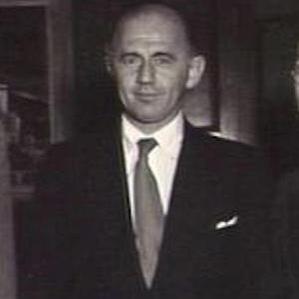 William McMahon bio
