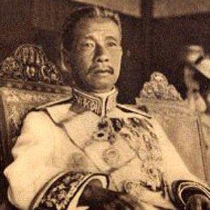 Sisowath Monivong bio
