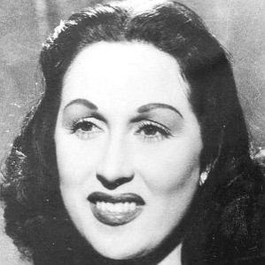 Leila Mourad bio