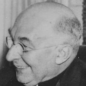 George W. Mundelein bio
