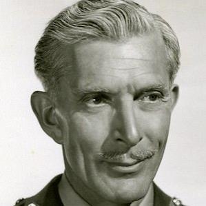 Alan Napier bio