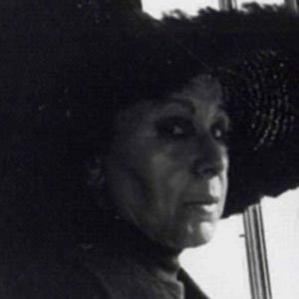 Louise Nevelson bio