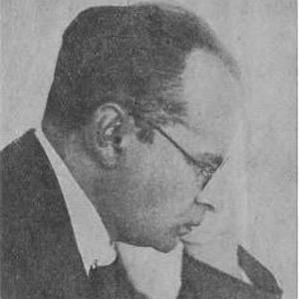 Aron Nimzowitsch bio