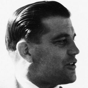 Gunnar Nordahl bio