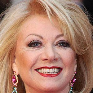 Age Of Elaine Paige biography