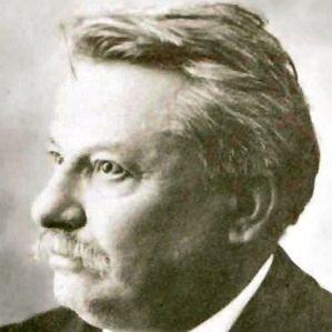 Giovanni Pascoli bio