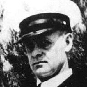 Oscar V. Peterson bio