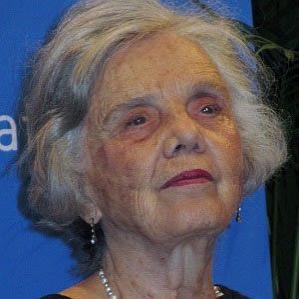 Age Of Elena Poniatowska biography