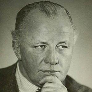 Johannes Poulsen bio