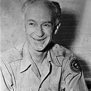 Ernie Pyle bio