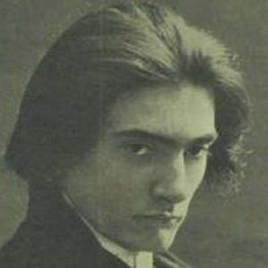 Manuel Quiroga bio