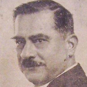 Daniel Alomia Robles bio