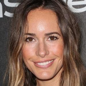 Age Of Louise Roe biography