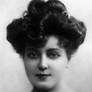 Lillian Russell bio