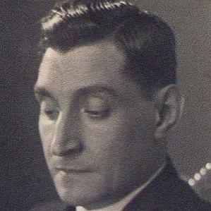 Antonio Deoliveira Salazar bio