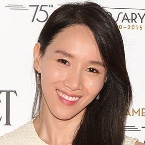 Age Of Hee Seo biography