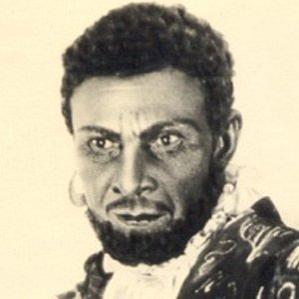 Abbas Sharifzadeh bio