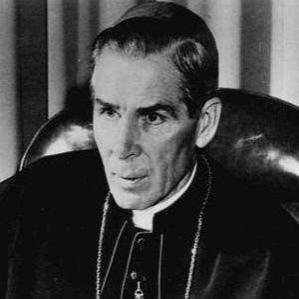 Bishop Fulton Sheen bio