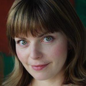 Age Of Rebecca Shoichet biography