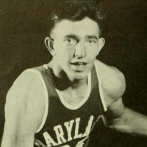 Age Of Gene Shue biography