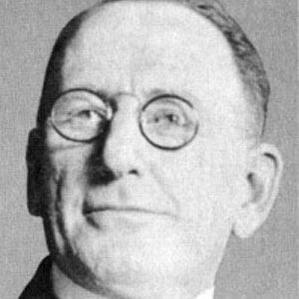 William Joseph Simmons bio