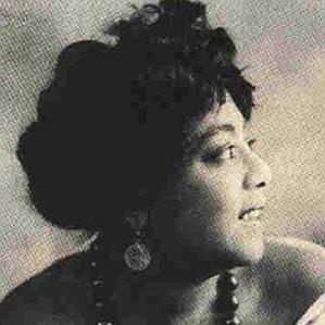 Mamie Smith bio
