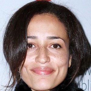 Age Of Zadie Smith biography