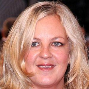 Age Of Lorraine Stanley biography
