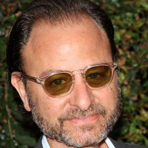 Age Of Fisher Stevens biography