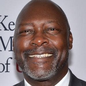 Age Of Dave Stewart biography