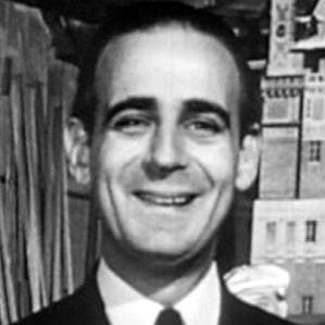 Paul Stewart bio