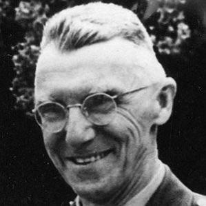 Joseph W. Stilwell bio