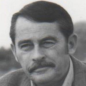 Glendon Swarthout bio
