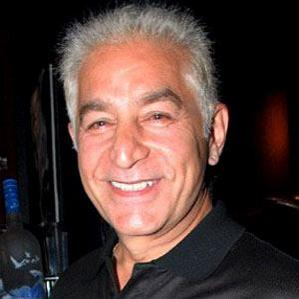 Age Of Dalip Tahil biography