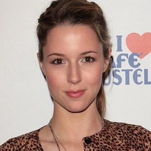 Age Of Alona Tal biography