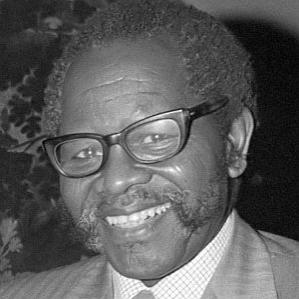 Oliver Tambo bio
