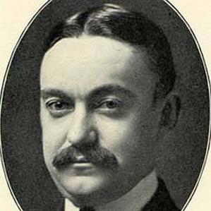 Horace Trumbauer bio
