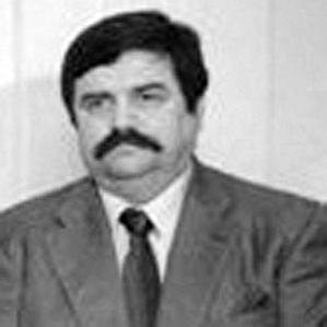Age Of Vasil Tupurkovski biography
