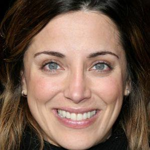 Age Of Alanna Ubach biography