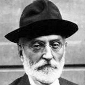 Miguel De Unamuno bio