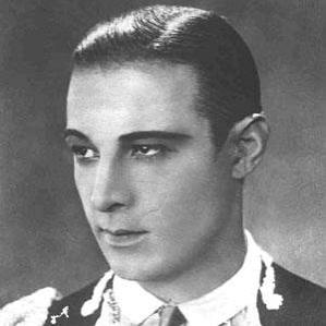 Rudolph Valentino bio