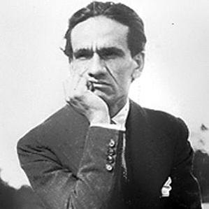 Cesar Vallejo bio