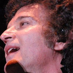 Age Of Gino Vannelli biography